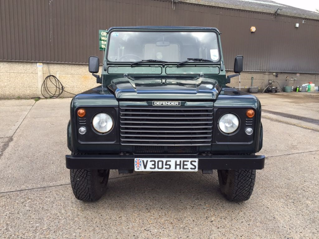 used land rover defender 90 td5 county station wagon for. Black Bedroom Furniture Sets. Home Design Ideas