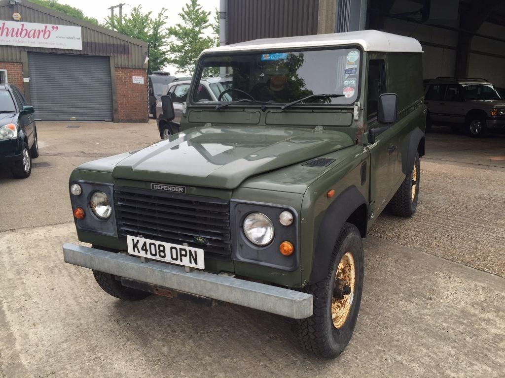 used land rover defender 110 defender 4c diesel for sale. Black Bedroom Furniture Sets. Home Design Ideas