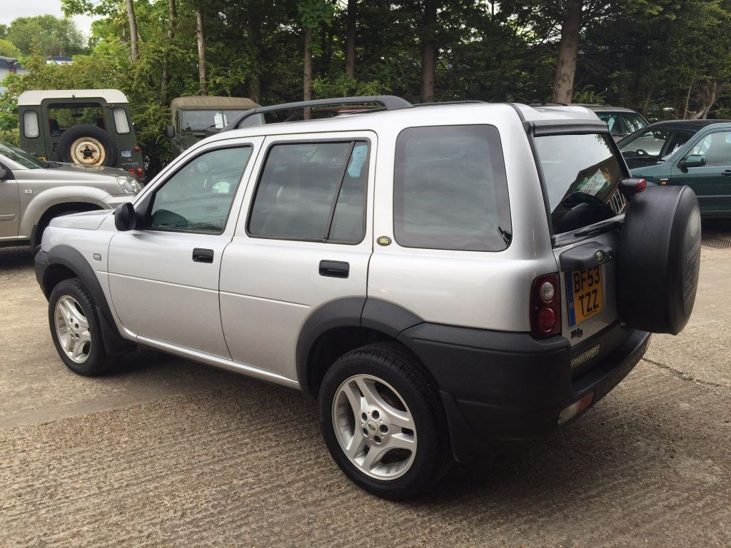 used land rover freelander td4 es premium station wagon for sale in cranleigh surrey from. Black Bedroom Furniture Sets. Home Design Ideas