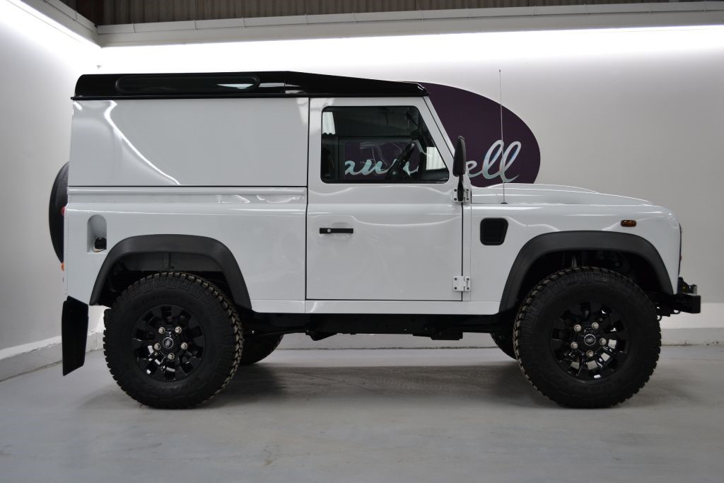 Land Rover Defender 90 Td Hard Top Convenience Pack
