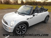 Used MINI Convertible ONE SIDEWALK CONVERTIBLE + FULL PIPED LEATHER
