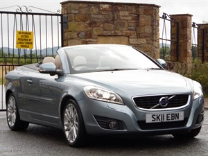 used Volvo C70 D4 SE LUX (DIESEL) AUTOMATIC CONVERTIBLE in wrexham