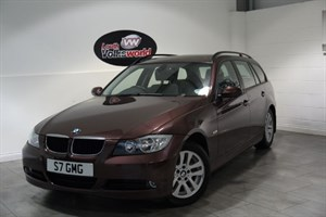 used BMW 320i SE 5DR ESTATE PAN ROOF FRONT AND REAR PARK ASSIST in lincolnshire-for-sale