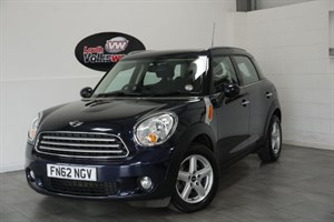 used MINI Countryman COOPER D 5DR PEPPER PACK £30 P/YEAR TAX in lincolnshire-for-sale