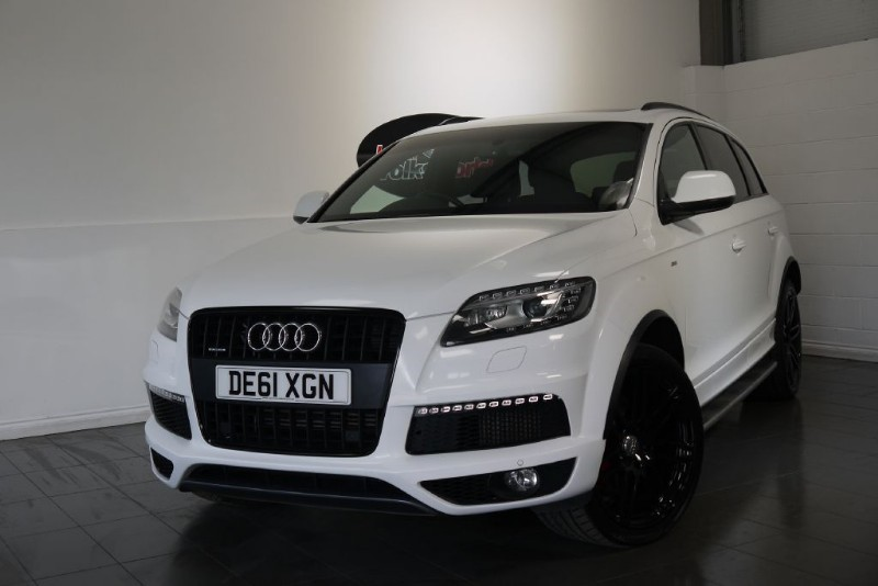 used Audi Q7 TDI QUATTRO S LINE £20K WORTH OF EXTRAS HUGE SPEC in lincolnshire-for-sale