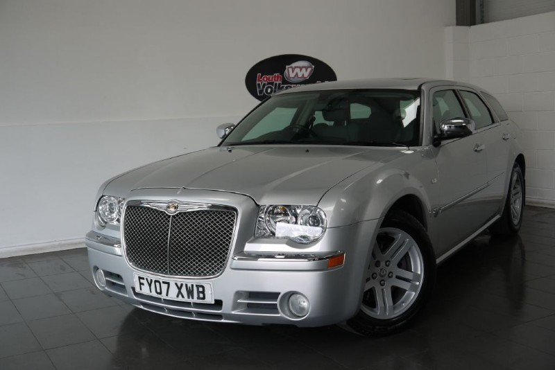 used Chrysler 300C CRD 3.0 AUTOMATIC SAT NAV FULL LEATHER INTERIOR  in lincolnshire-for-sale