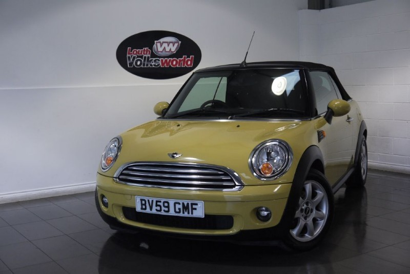 used MINI Convertible COOPER 1.6 3DR CONVERTIBLE in lincolnshire-for-sale