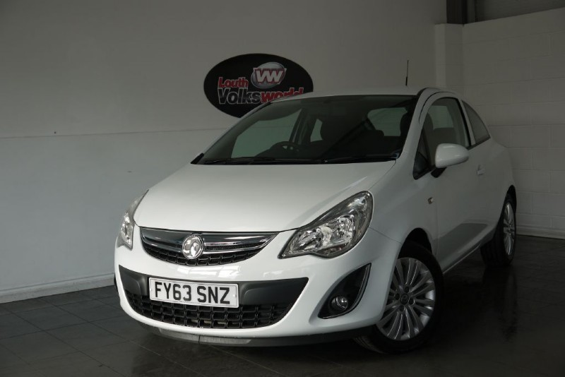 used Vauxhall Corsa ENERGY 3DR AIR CON LOW INSURANCE in lincolnshire-for-sale