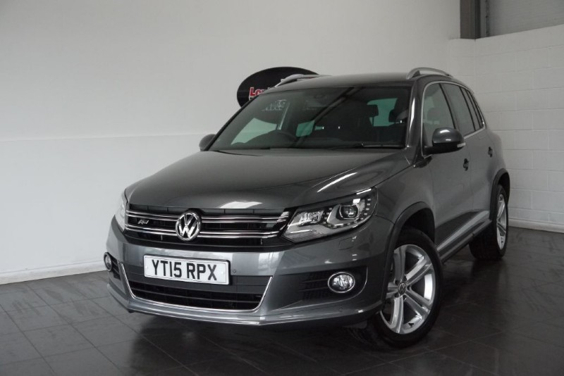 used VW Tiguan TDI R-LINE BLUEMOTION 4MOTION 5DR AUTOMATIC SAT NAV in lincolnshire-for-sale