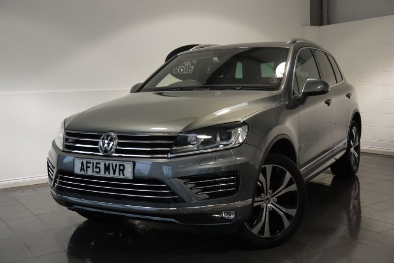 used VW Touareg TDI BLUEMOTION R-LINE 5DR AUTOMATIC in lincolnshire-for-sale