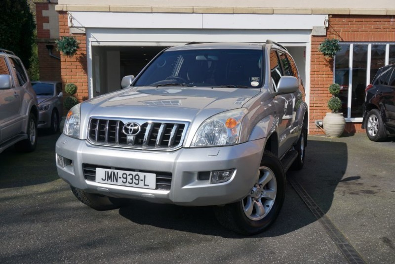 Car of the week - Toyota Land Cruiser LC3 8-SEATS D-4D - Only £8,950