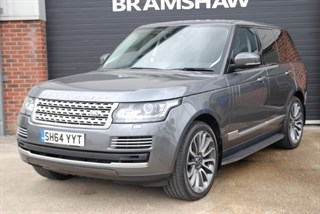 Land Rover Range Rover SDV8 VOGUE SE With Panoramic Roof and Style 16 22 Wheels
