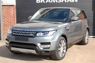 Land Rover Range Rover Sport SDV6 HSE with Panoramic Sliding Roof