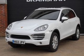 Porsche Cayenne D V6 TIPTRONIC with Panoramic Sunroof