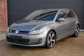 Volkswagen Golf GTI PERFORMANCE DSG with Navigation and Glass Roof