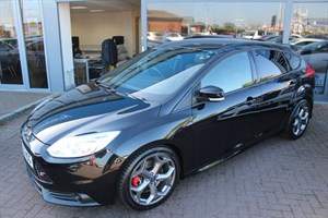 Car of the week - Ford Focus ST-3. FINANCE SPECIALISTS - Only £17,990