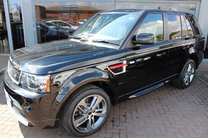 used Land Rover Range Rover Sport SDV6 HSE RED EDITION. FINANCE SPECIALISTS in warrington-cheshire