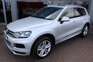 used VW Touareg V8 ALTITUDE TDI. FINANCE SPECIALISTS in warrington-cheshire