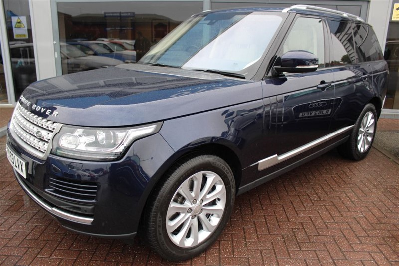 used Land Rover Range Rover SDV8 VOGUE.  in warrington-cheshire