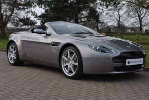 used Aston Martin Vantage V8**ONLY 9754 MILES** in knutsford-cheshire