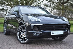 used Porsche Cayenne DIESEL V8 S TIPTRONIC S PANORAMIC ROOF in knutsford-cheshire