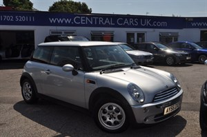 Car of the week - MINI Hatch 1.6 Cooper - Only £4,995