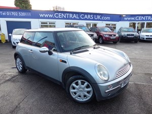 Car of the week - MINI Hatch 1.6 One 3 Door In Silver - Only £1,995