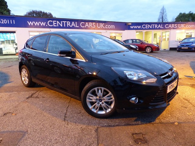 Ford Focus 10 Titanium Navigator With Appearance Pack