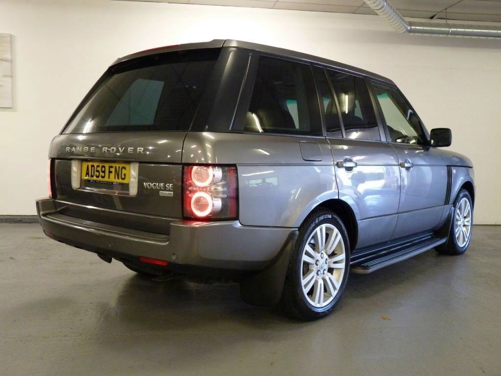 used land rover range rover tdv8 vogue se for sale in lancashire. Black Bedroom Furniture Sets. Home Design Ideas