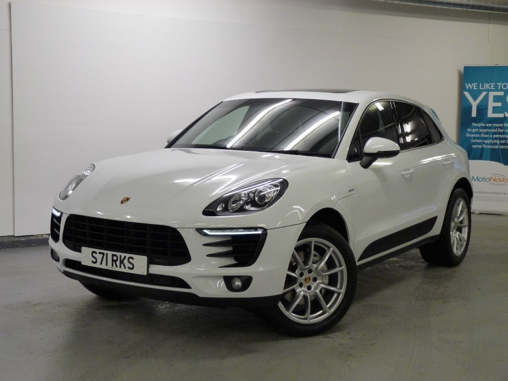 used porsche macan d s pdk for sale in lancashire. Black Bedroom Furniture Sets. Home Design Ideas