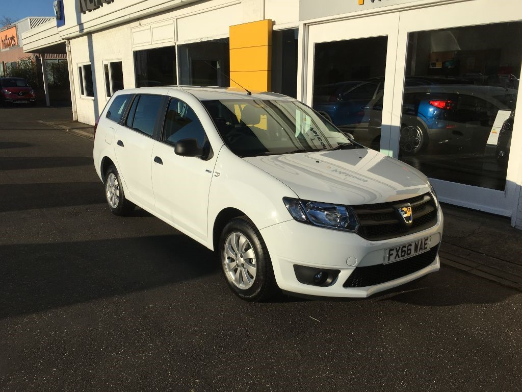 used white dacia logan mcv for sale lincolnshire. Black Bedroom Furniture Sets. Home Design Ideas