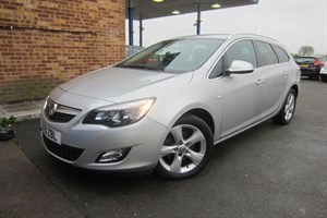 used Vauxhall Astra CDTI SRI (160bhp) (Estate) in herefordshire-for-sale
