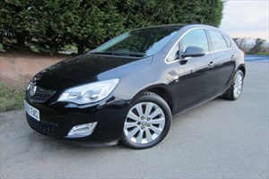 used Vauxhall Astra CDTI SE (160bhp) (Automatic) in herefordshire-for-sale