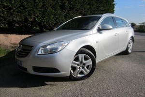 used Vauxhall Insignia CDTI Exclusiv (130bhp) (Tourer) in herefordshire-for-sale