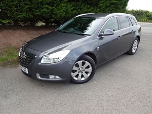 used Vauxhall Insignia CDTI SRI (130bhp) (Tourer) in herefordshire-for-sale