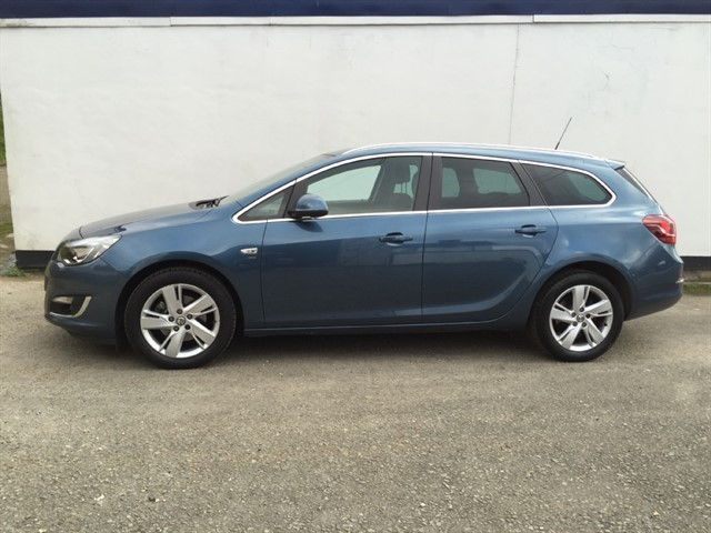 used Vauxhall Astra SRI CDTI S/S in herefordshire-for-sale