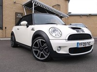 Used MINI Cooper Cooper S 2 door [Chili Pack]