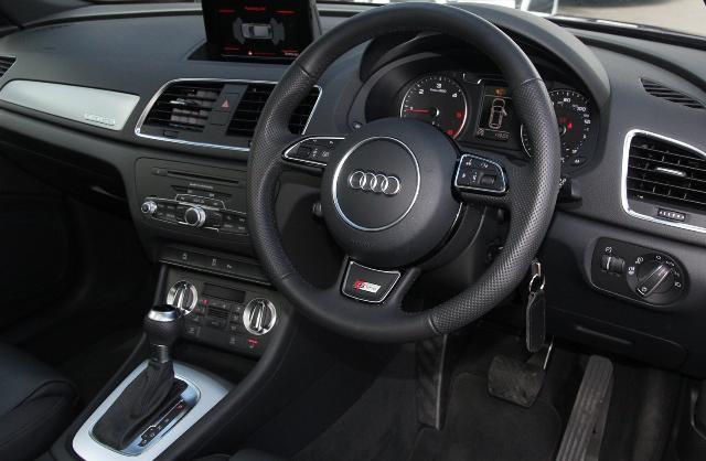 Audi q3 S-line 2.0 Tdi Quattro 177ps S-tronic Audi q3 Tdi Quattro S-line