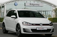 Used VW Golf TSI GTI (220 PS) DSG