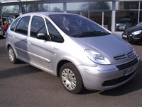 Used Citroen Xsara PICASSO DESIRE 16V - up to 47.1 mpg -- Air Conditioning --Electric Wind