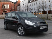 Used Ford S-Max Zetec With Front & Rear Sensors and Bluetooth