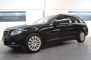 used Mercedes C200 DIESEL EXECUTIVE BLUE- EFF AUTO COMMAND SATELLITE NAVIGATION LEATHER 1OWNER in axminster-devon