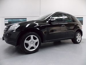 used Mercedes ML320 4x4 320 V6 SPORT AUTO 7 SPEED COMMAND NAVIGATION FMBSH!! in axminster-devon