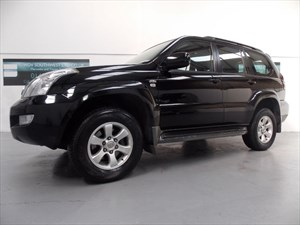 used Toyota Land Cruiser DIESEL 4X4 LC-4 8 SEATS D-4D AUTO TOWING CAPACITY OF 3000KG LEATHER FTSH! in axminster-devon
