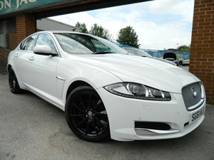 Click here for more details about this Jaguar XF D SE