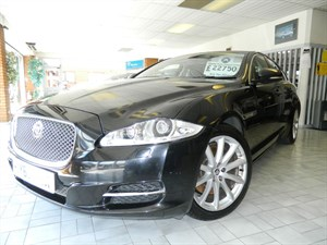 Click here for more details about this Jaguar XJ D V6 LUXURY SWB