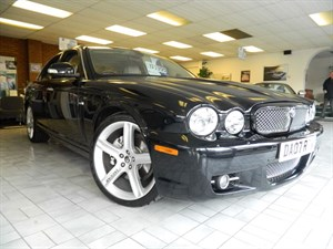 Click here for more details about this Jaguar XJ SOVEREIGN V6