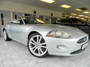 Click here for more details about this Jaguar XK CONVERTIBLE