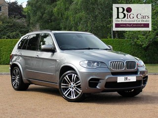Click here for more details about this BMW X5 M 50DHead-up Display Sat Nav Surround View
