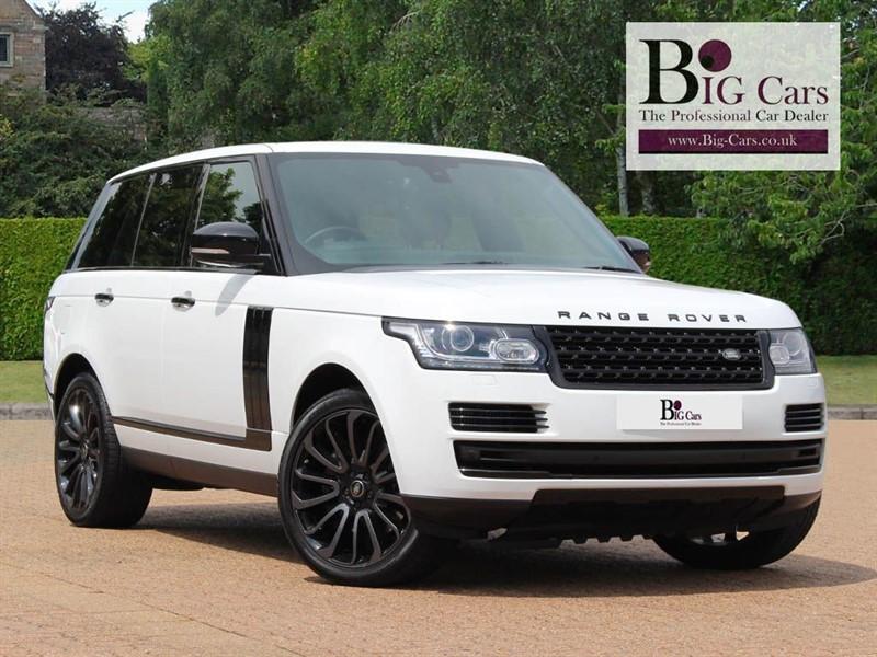 used Land Rover Range Rover SDV8 VOGUE, Black Pack, Sat Nav, Pan Roof, Meridian in chelmsford-essex